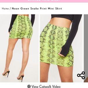 High waisted green snake skirt